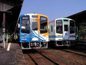 天竜二俣駅で並ぶ天浜線主力車両